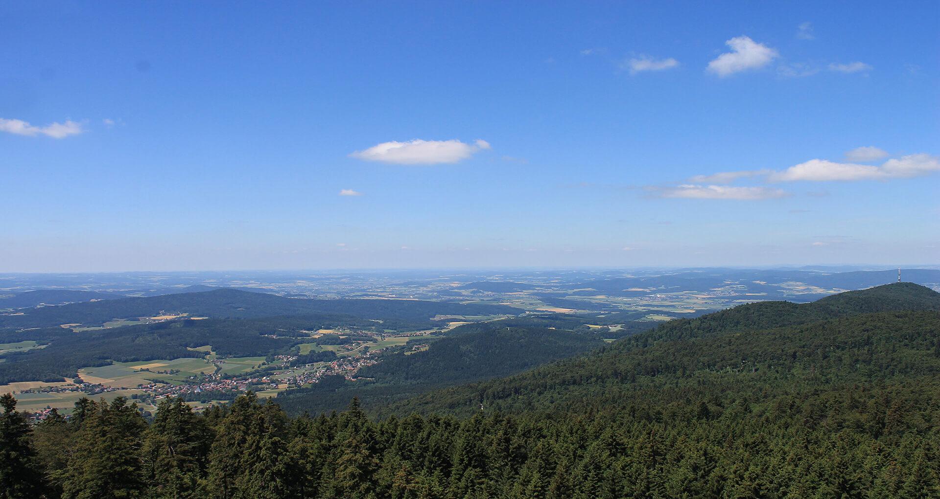 Ausblick-Richtung-Cham-bei-Tag