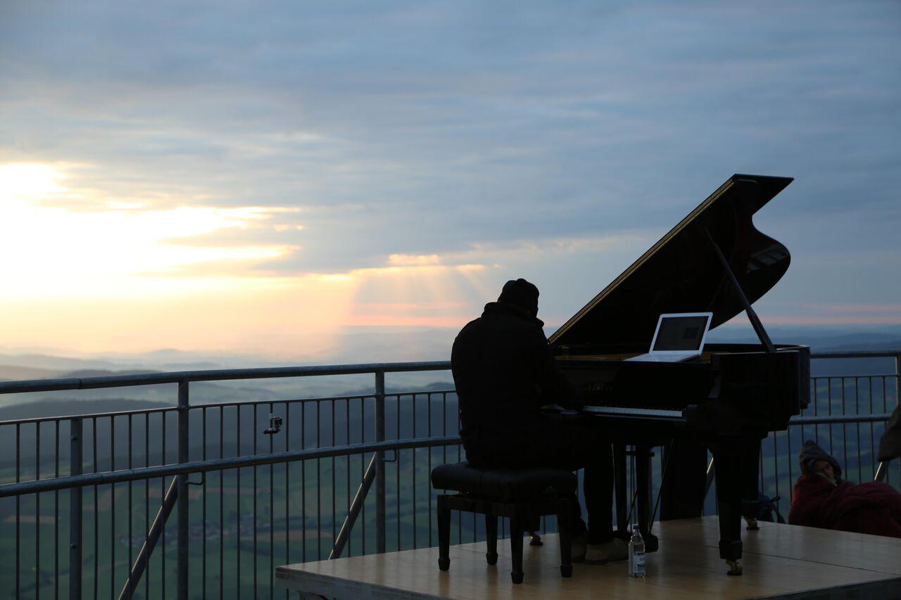 Hohenbogen-Gipfelsteig-Klavierkonzert